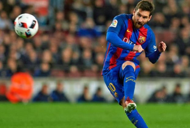 AFA president Tapia urges Messi to play less games for Barcelona