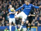 Everton's Gylfi Sigurdsson may miss World Cup after knee injury
